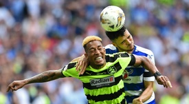 Rajiv van La Parra will move to Serbia from Huddersfield. AFP/Archivo