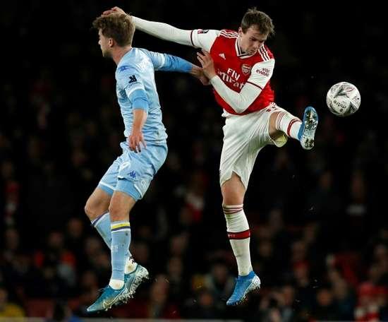Bamford misses penalty as Leeds slump continues. AFP