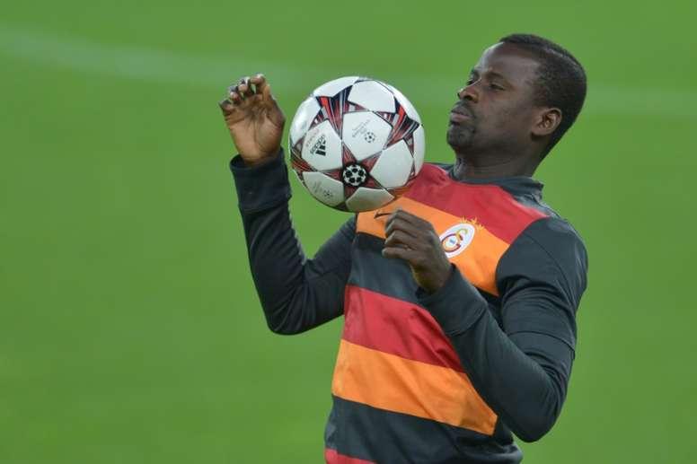 La carrera de Emmanuel Eboué cambió para siempre con su marcha a Turquía. AFP