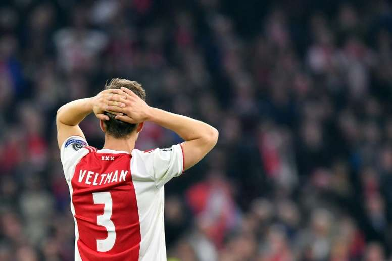 A Juventus se interessa por Veltman. AFP