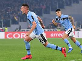 Milinkovic-Savic (L) gave Lazio a massive win over Inter Milan in Serie A. AFP