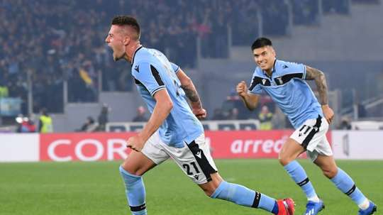 'Nothing to lose' Lazio topple Inter to go second behind Juventus