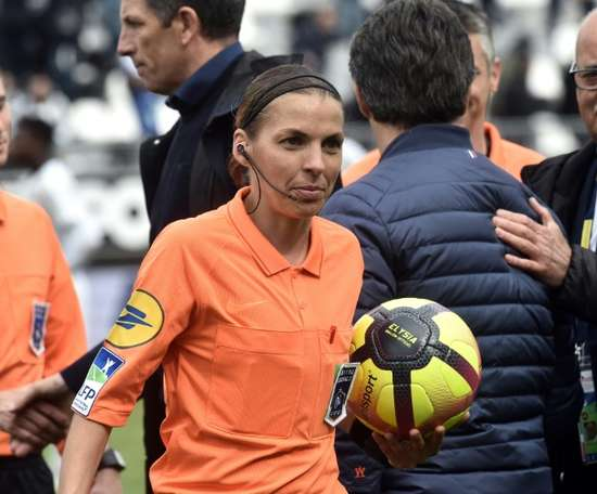 Frappart became the first female Ligue 1 referee on Sunday