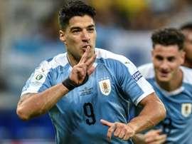 Suarez, Cavani score as Uruguay crush 10-man Ecuador in Copa America