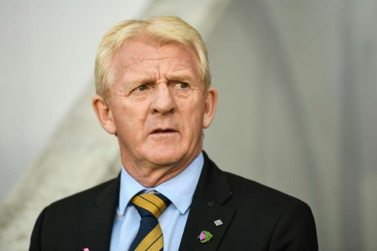 Strachan believes that Celtic quickly need to find an alternative strategy.  AFP