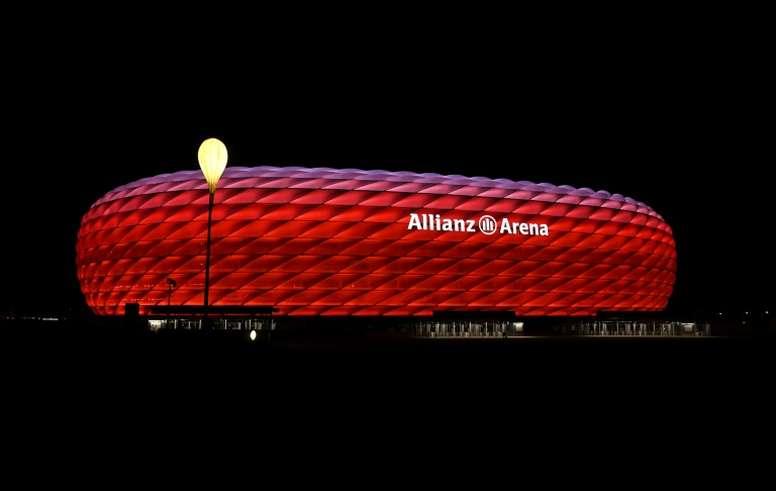 Escalações oficiais de Bayern de Munique e Fortuna Düsseldorf. AFP