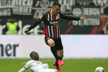 Leaders Leipzig suffer first defeat since October. AFP