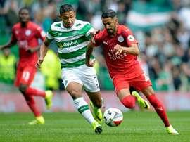 Emilio Izaguirre volverá a defender la camiseta del Celtic. AFP/Archivo