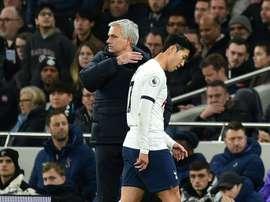 Mourinho descarta Son para o restante da temporada. AFP