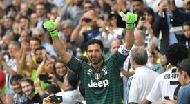 Buffon sur le point d'entrer dans la légende. AFP