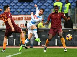 Mertens at the double as Napoli conquer Roma. AFP