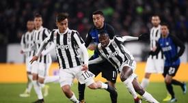 La Juventus quiere dejar atados a Dybala, Matuidi, Chiellini y Buffon. AFP
