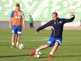 Sneijder off to winning start in Qatar. AFP
