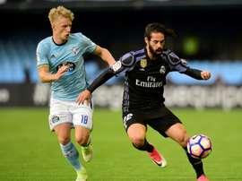 Isco et Daniel Wass lors du match de Liga entre Real Madrid et Celta. AFP