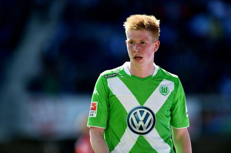 Manchester City are reported to be ready to make a blockbuster bid of around £50 million for the 24-year-old midfielder Kevin De Bruyne