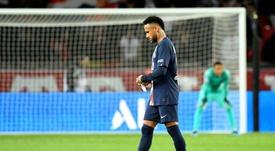 Leonardo regresó al PSG... ¡para controlar a Neymar!