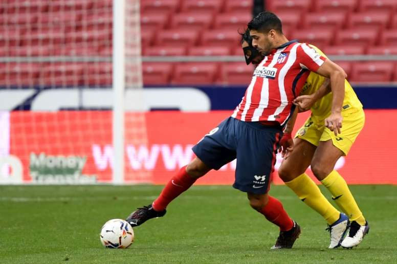 Avec l'Atlético, Suárez démarre mieux que Falcao. AFP