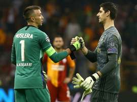 Courtois adorou o ambiente do Galatasaray. AFP