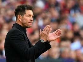 Simeone défend Messi. AFP