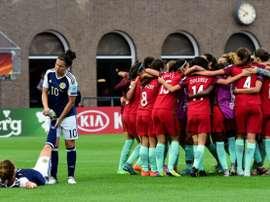 Les Portugaises fêtent leur victoire sur l'Écosse à l'Euro. Goal