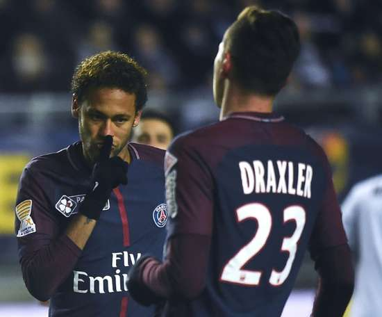 El PSG desmintió la polémica entre Draxler y Neymar. AFP