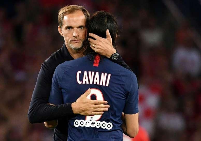 Cavani fica de fora da partida contra o Lyon. AFP