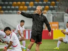 Le Norvégien Andersen dirige une séance dentraînement avec l'équipe de Corée du Nord de football. AFP