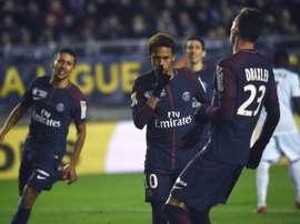 El PSG le endosó ocho tantos al Dijon. AFP