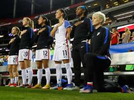 Racisme: la Fédé de foot US songe à supprimer une règle interdisant l'agenouillement. AFP