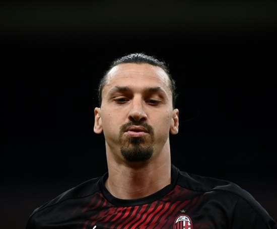 Ibrahimovic ao melhor estilo Ibrahimovic. AFP