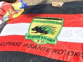 Drapeau aux couleurs du club de football ghanéen Asante Kotko. AFP