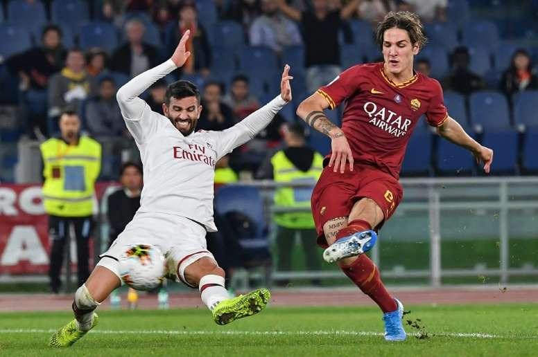 A Juve oferece dois jogadores por Zaniolo. AFP