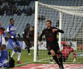 El central le dio un punto a su equipo ante el Bastia. AFP