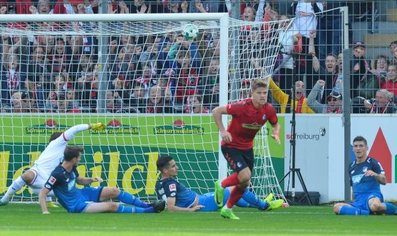 Hoffenheim escorregou, pela primeira vez, na Bundesliga 17-18. AFP