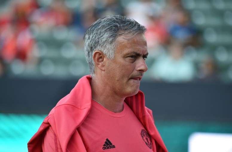 Mourinho no está contento con su directiva. AFP
