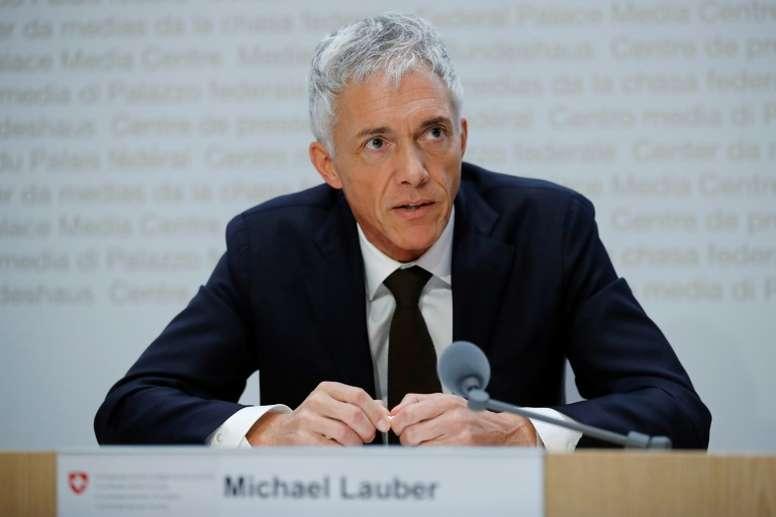 Le procureur général suisse menacé de révocation. AFP