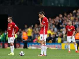 Manchester United avec Zlatan Ibrahimovic et Wayne Rooney sest incliné à Watford. AFP