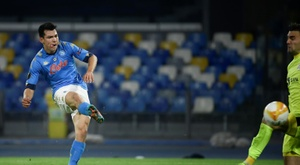 Naples gagne pour Maradona. afp