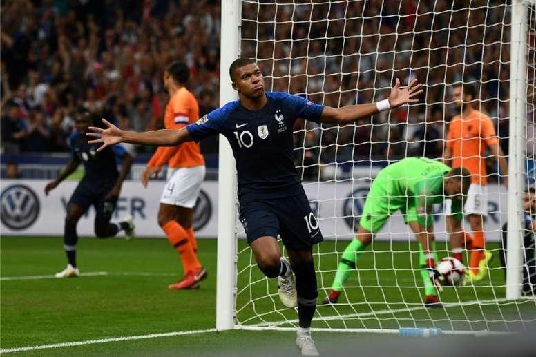 Mbappé abrió la lata en Saint Denis. AFP