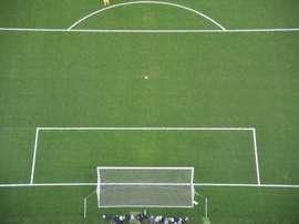 Un footballeur argentin a été suspendu pour 22 matches par lAssociation argentine de football (AFA) pour avoir frappé une arbitre lors dune rencontre