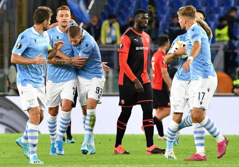 La Lazio sufrió mucho ante los franceses. AFP
