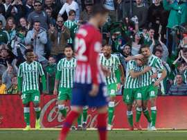 L'Atlético ne profite pas du match nul du Barça hier. AFP
