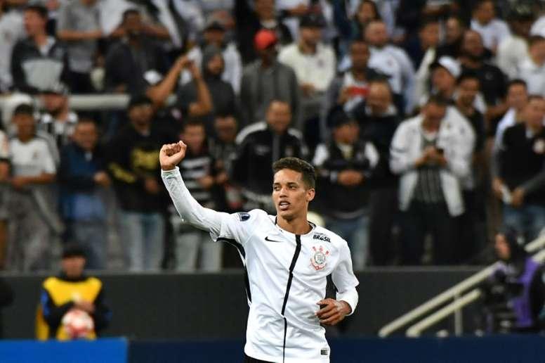 Pedrinho dans la ligne de mire de Milan. AFP