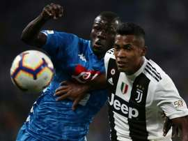 Alex Sandro is yet to renew with Juventus. AFP