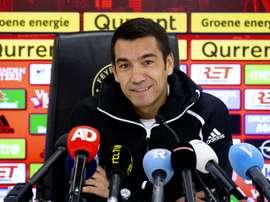 Van Bronckhorst nouvel entraîneur du club chinois Guangzhou R&F. AFP