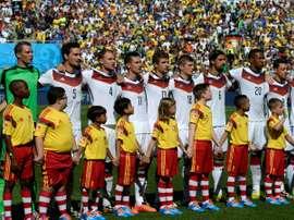 L'équipe d'Allemagne lors de l'hymne national avant le quart de finale du Mondial-2014. AFP