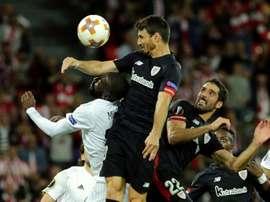Aduriz tem feito muitos gols de cabeça no campeonato espanhol. AFP