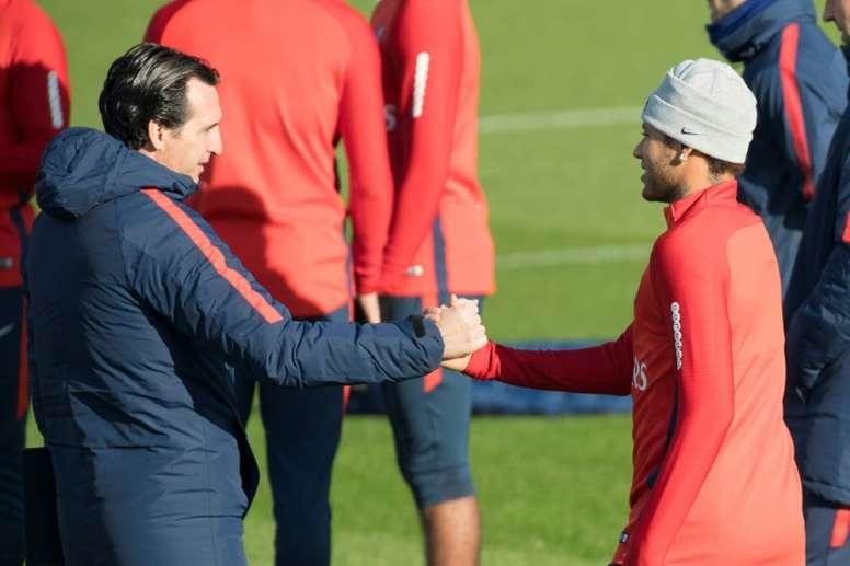 Emery coincidió con Neymar en el PSG. AFP