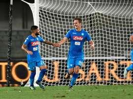 O Napoli bateu o Chievo por 2-1. AFP