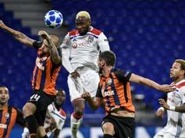 Moussa Dembélé (c) inscrit un but contre Shakhtar Donetsk en Ligue des champions. AFP